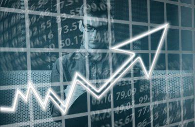 Dlaczego warto skorzystać z usług doradcy finansowego?